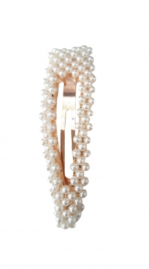 Clip with pearls