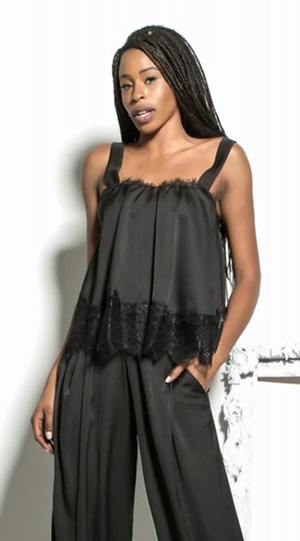 Γυναικείο slip μπλουζάκι με τελείωμα δαντέλας - LOVE ME - FA17LV-40472 μπλούζες   t shirts elegant tops